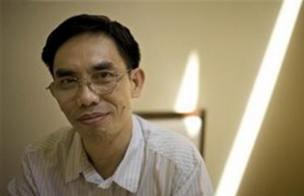 Nhà hoạt động dân chủ người Mỹ gốc Việt, Tiến sĩ Nguyễn Quốc Quân.